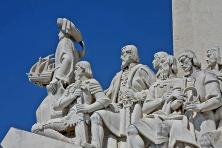 monument-of-discoveries10