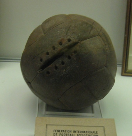 1930_World_Cup_Final_ball_Argentina