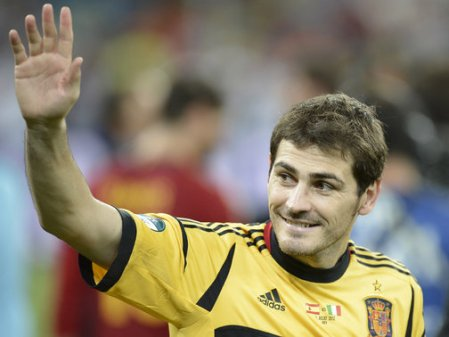Iker-Casillas-Spain-celebrations2_2788687
