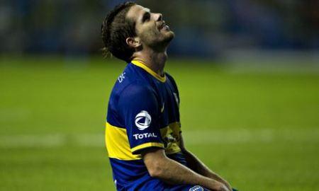 Boca Juniors' midfielder Fernando Gago