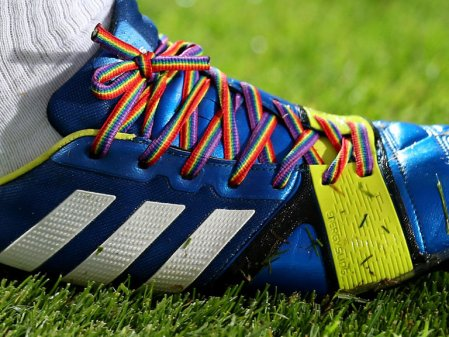 club-soccer-football-rainbow-laces-stonewall_3006260